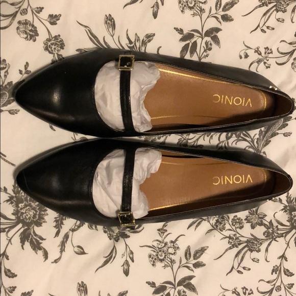 b8c71e268 Vionic Shoes | Bionic Flats Delilah | Poshmark